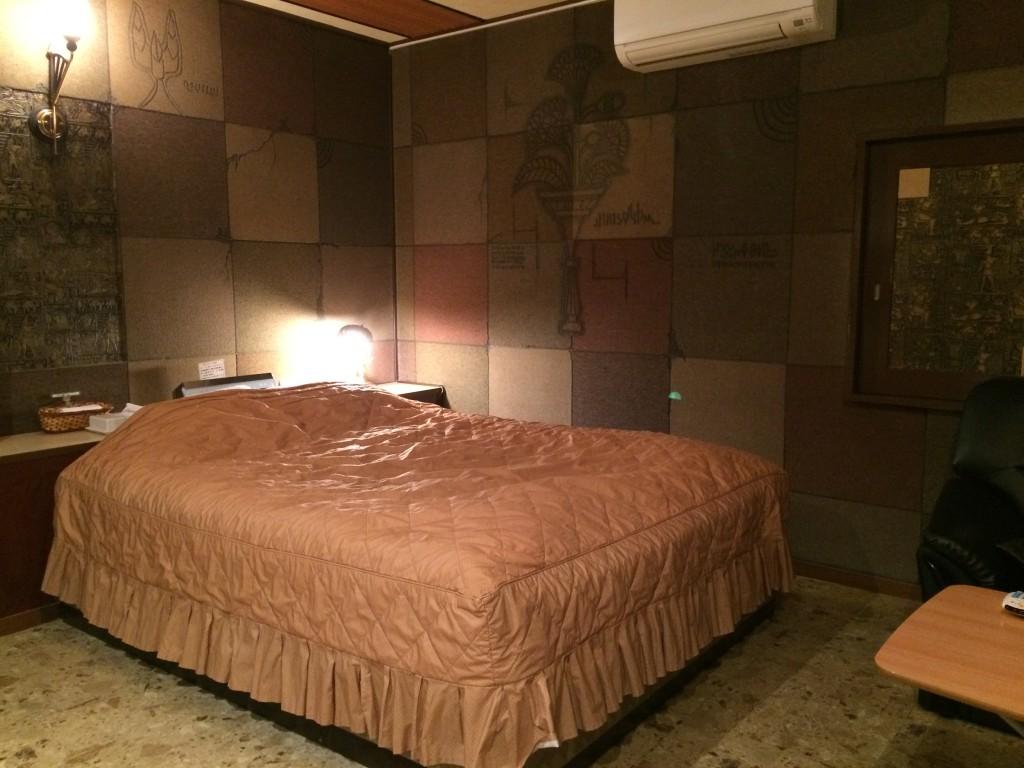 215号室  -壁画room-